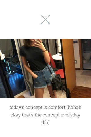 today's concept is comfort (hahah okay that's the concept everyday tbh) p.s. i painted my nails this dark plum ish color yesterday and I. LOVE. IT so glad i decided to get it at stylenanda when i was in korea hahah $5??? ?? yASSSS