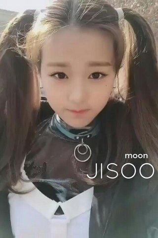 JISOO moon