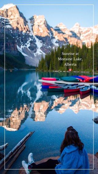 Sunrise at Moraine Lake, Alberta 🇨🇦