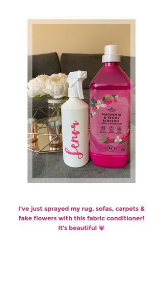 I've just sprayed my rug, sofas, carpets & fake flowers with this fabric conditioner! It's beautiful 💗