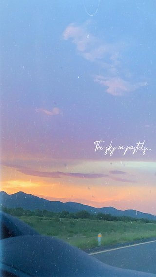 The sky in pastels...