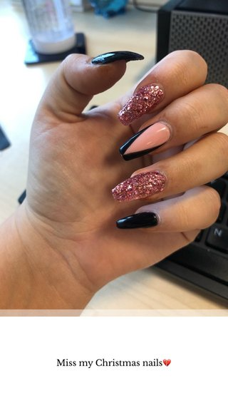 Miss my Christmas nails💔