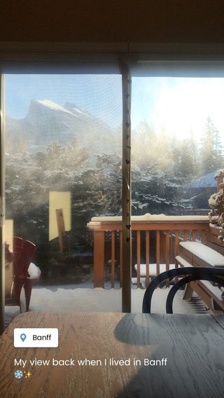My view back when I lived in Banff ❄️✨