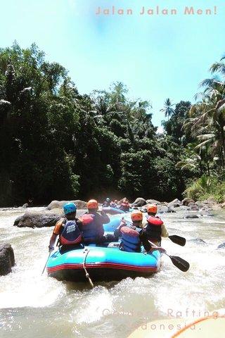 Jalan Jalan Men! Caldera Rafting, Indonesia.
